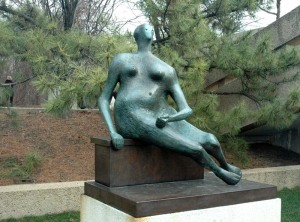 19-henry-moore-seated-woman